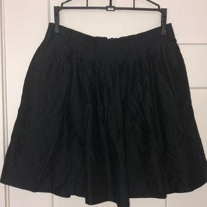 Banana Republic mini skirt 2